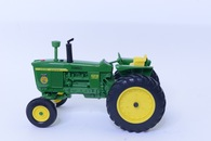 1/16 John Deere 4010 Michigan FFA