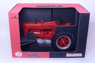 1/8 Farmall 400