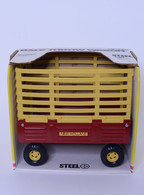 1/16 New Holland Bale Wagon