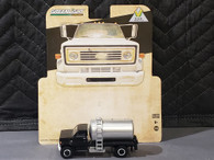 1/64 1984 Chevy C60 fertilizer truck - black