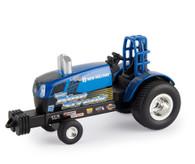 1/64 New Holland Blue Streak Pulling Tractor
