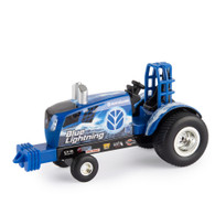 1/64 New Holland Blue Lightning Pulling Tractor