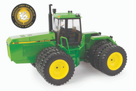 1/32 John Deere 8560 National Farm Toy Museum 2020