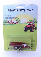 1/64 Hesston  Brown Manure Spreader