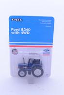 1/64 Ford FWA 8240