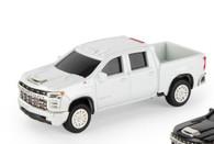 1/64 2020 Chevy Siverado  white