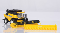 1/64 New Holland CR 8090 Combine