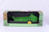 1/8 John Deere Spreader