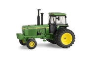 1/64 John Deere 4840 Authentics