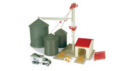 1:64 Ertl Farm Country Grain Feed Playset