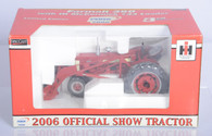 1/16 Farmall 350 with Loader