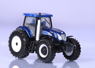 1/64 New Holland T7070 2010 Farm Show Edition