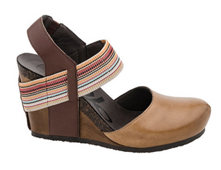 OTBT Rexburg- Women's Wedge with contrast elastic band- Havana- Stripe elastic