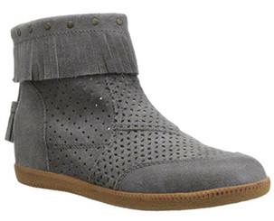 Quarter Side View. Women Shoes Online, Women's Shoes, Women's Boots. OTBT Stanton, Hidden wedge moccasin suede bootie. Fringe, tassel, gum sole, back zipper. Color Soft Grey
