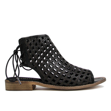 "Side View: Women's Shoes, Women's Flat Sandal, Musse and cloud aimy, Perforated leather, 1"" heel, Color: Black"