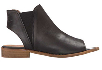 """Side View:  Women's Shoes, Women's Flat Sandal, Musse and cloud Ciara, Leather, 1"""" heel, Color: Black"""
