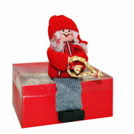 Tomte Girl with Straw Heart - Shelf Sitter (20722)
