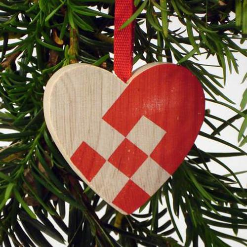 Heart Basket Ornament - Wooden (44702)