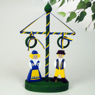 Midsummer Pole with Swedish Couple (44756)