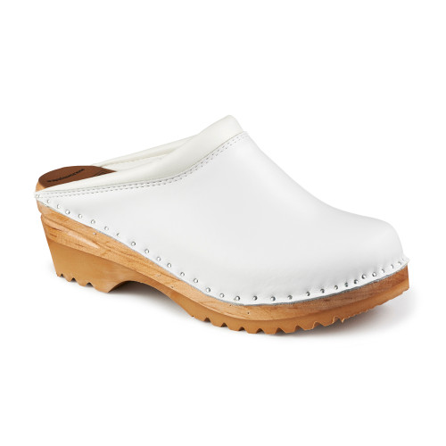 Rembrandt Clogs in White - Women's (6082-002)
