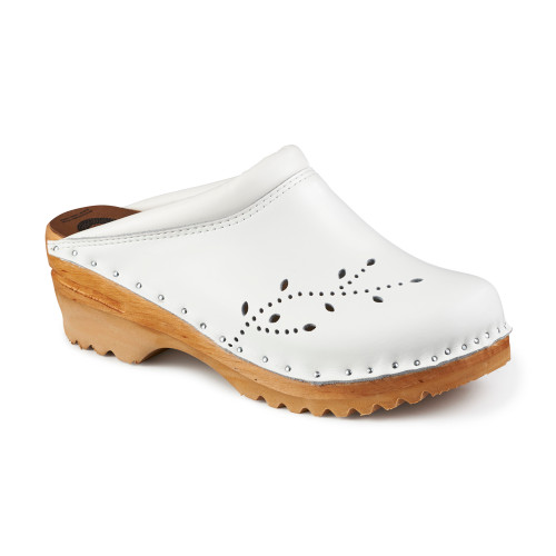 O'Keefe Clogs in White (6087-022)