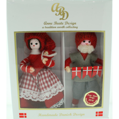 "Pixie Couple With Child - 4"" - Gift Boxed (628)"