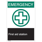 "ANSI Z535 Rigid Plastic ""Emergency First Aid…"", 7"" x 10"""