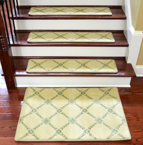 "Dean Premium Non-Skid Carpet Stair Treads/Runner Rugs - Duchess Ivory/Green 35"" x 9"" Set of 15 Plus a 2' x 3' matching Landing Mat"
