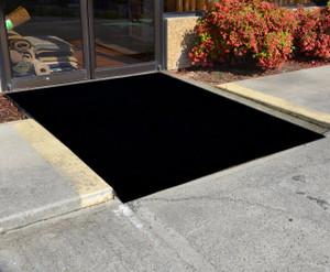 Dean Flooring Company Ebony 6' x 8' Indoor/Outdoor Patio Deck Boat Entrance Event Carpet/Rug Mat UV Stabilized