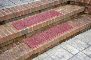 """Dean Indoor/Outdoor Carpet Stair Treads - China Berry 36"""" x 9"""" (Set of 3)"""