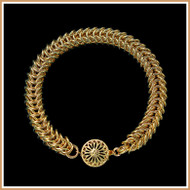 Gold Narrow Queen's Link Bracelet