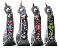 Showman ® Polished aluminum stirrup with beaded accents.
