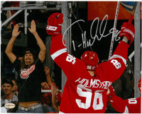 Tomas Holmstrom Autographed 16x20 Photo - Celebrating with Kid Rock