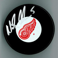 Nicklas Lidstrom Autographed Detroit Red Wings Hockey Puck