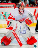 Jimmy Howard Autographed Detroit Red Wings 16x20 Photo #1 - Action In Net