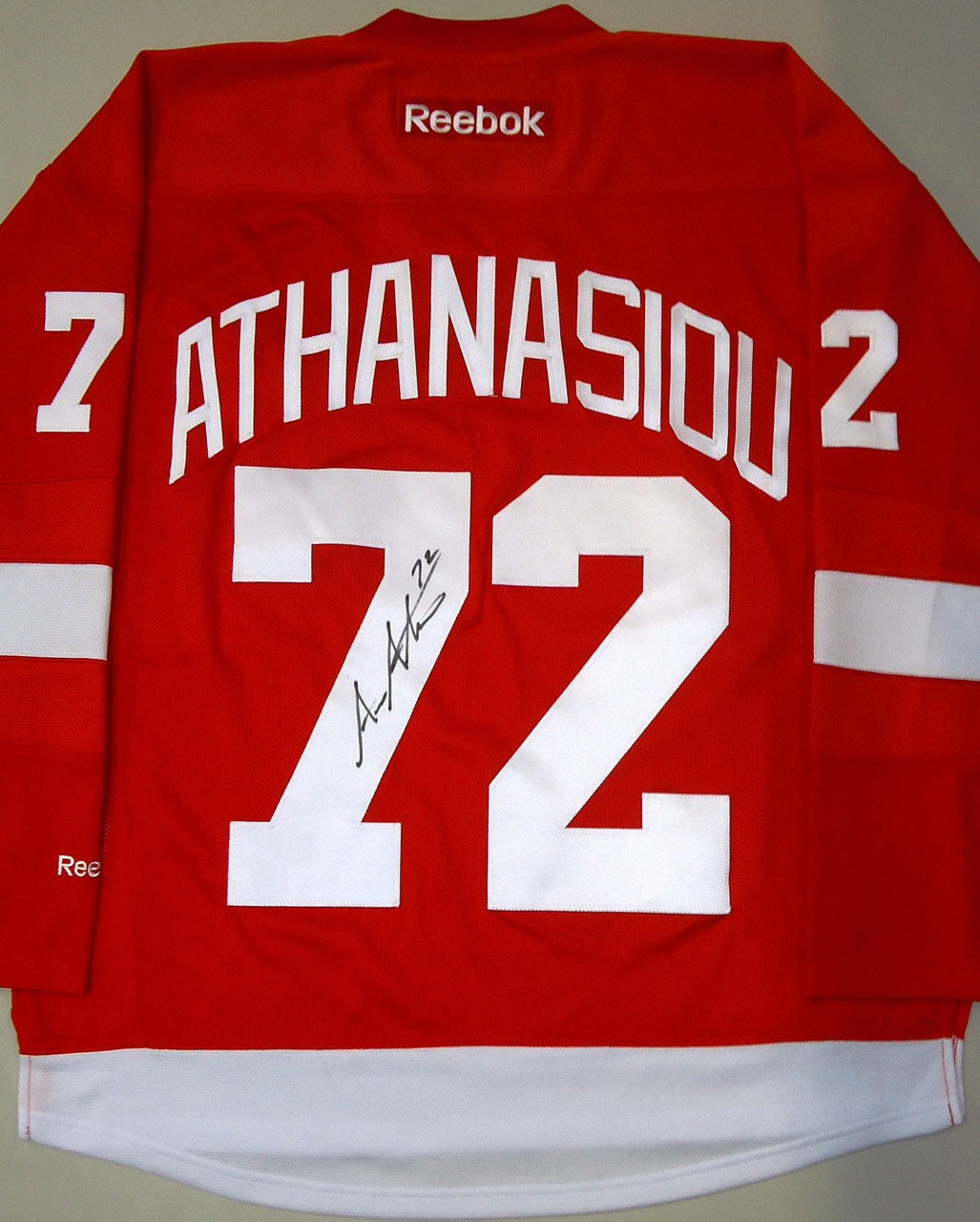 new style a4832 91148 Andreas Athanasiou Autographed Detroit Red Wings Home Jersey
