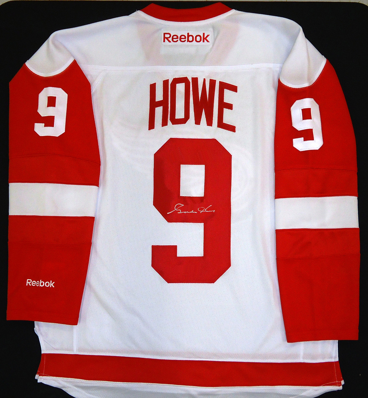 outlet store a4b8b 9a6cc Gordie Howe Autographed Detroit Red Wings Road Jersey