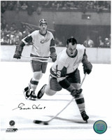 Gordie Howe Autographed Detroit Red Wings 8x10 Photo #7 - Shooting (vertical)