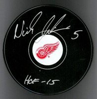 "Nicklas Lidstrom Autographed Detroit Red Wings Souvenir Puck Inscribed ""HOF 15"""