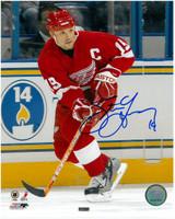 """Steve Yzerman Autographed 8x10 Photo #3 - Red Jersey w/ """"HOF 09"""" (Pre-Order)"""