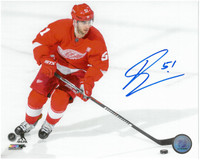 Frans Nielsen Autographed Detroit Red Wings 8x10 Photo #2 - Home Action