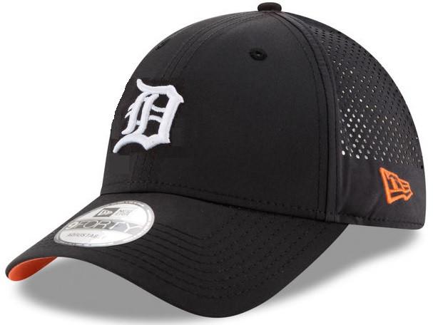 92498c08c808ac ... Detroit Tigers Men's New Era Black Perforated Pivot 9FORTY Adjustable  Hat. Image 1. Loading zoom