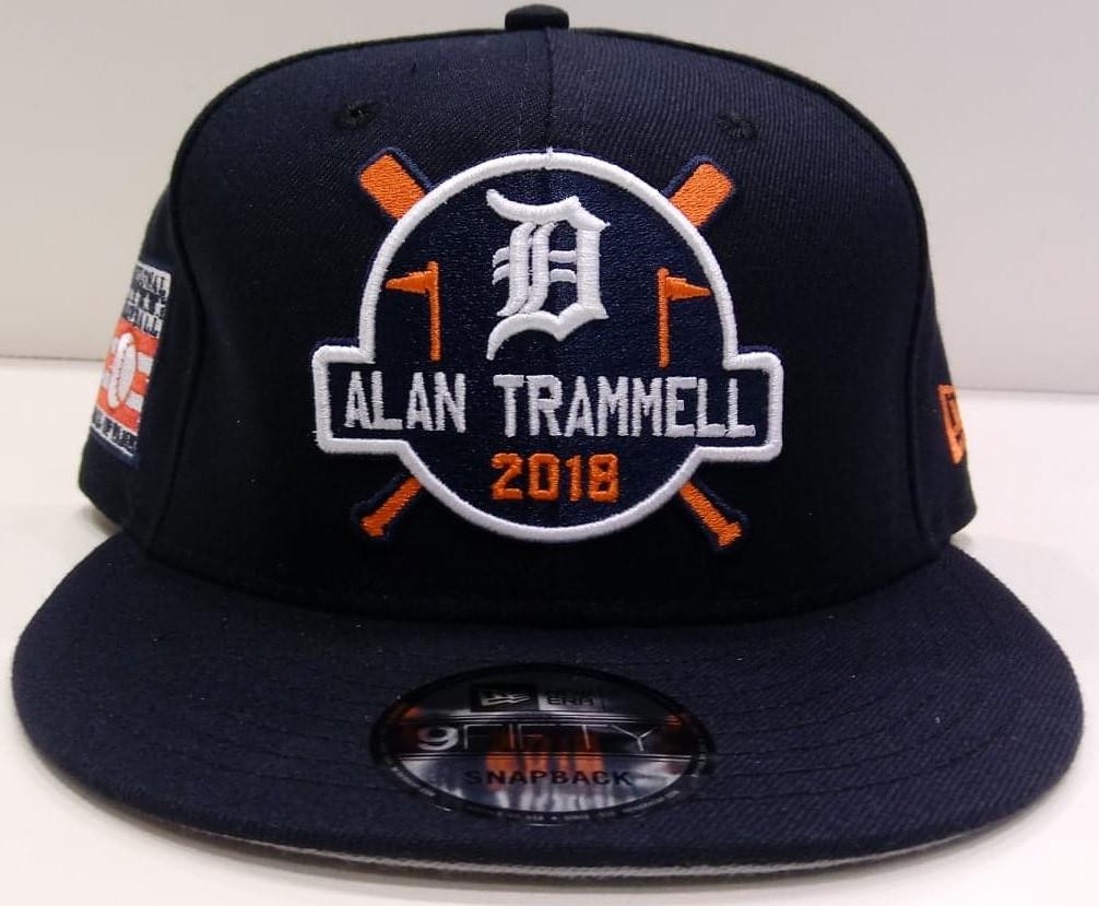 972df7fd78b ... Men s New Era 9FIFTY Alan Trammell Hall of Fame Snapback Hat. Image 1.  Loading zoom