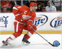Nicklas Lidstrom Autographed Detroit Red Wings 8x10 Photo #4 - Red Jersey Horizontal (pre-order)