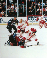 Detroit Red Wings Darren McCarty vs. Claude Lemiuex Fight 8x10 Photo