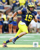 Chase Winovich Autographed 8x10 Photo #3 - Home Jersey Vertical (Pre-Order)