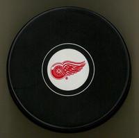 Larry Murphy Autographed Detroit Red Wings Souvenir Puck (Pre-Order)