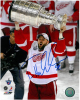Tomas Holmstrom Autographed 8x10 Photo #2 - 2008 Stanley Cup (Pre-Order)