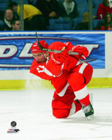 Brett Hull Autographed 8x10 Photo #1 - Red Wings Action (Pre-Order)