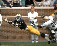 Desmond Howard Autographed University of Michigan 8x10 #3 - Diving Catch (pre-order)